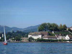 Kapuzinerkloster vom See her