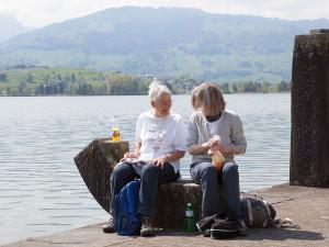 Mittagsrast am See.